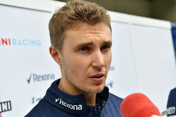 Sergey Sirotkin reagiert auf Lewis Hamiltons Kritik - Foto: Sutton