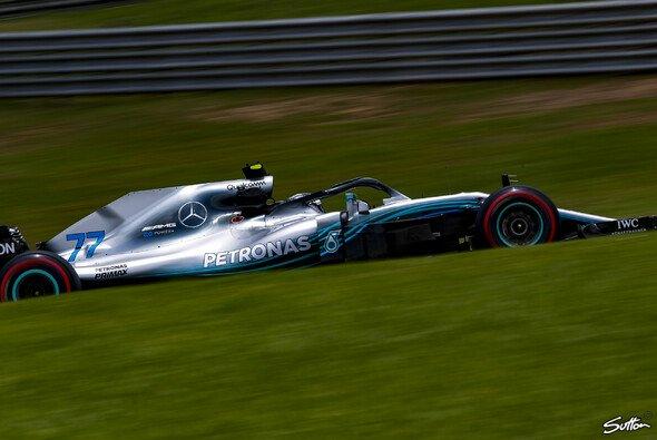 Die Freitags-Trainings der Formel 1 in Brasilien, Bestzeit für Bottas - Foto: Sutton