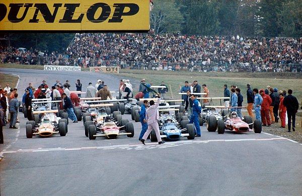 Soll die Formel 1 die Startformation ändern?, Foto: Sutton