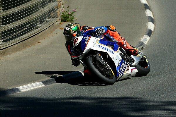 Die Isle of Man TT ist wohl das größte Road Race der Welt, Foto: BMW Motorrad Motorsport